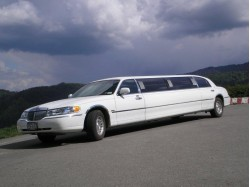 Limousine and light message in Brasov