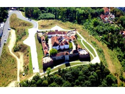 Scenic airplane flight over Bran Castle, 1seat