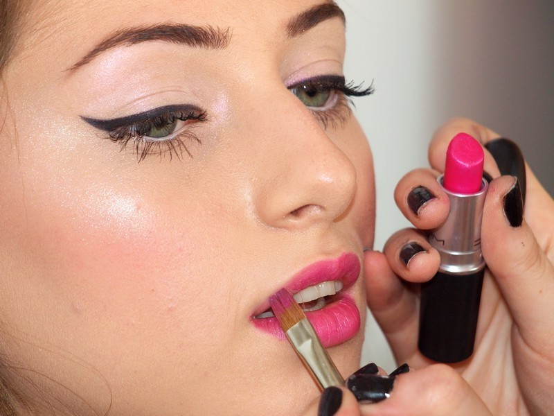 make-up-lesson-at-your-home-in-bucharest